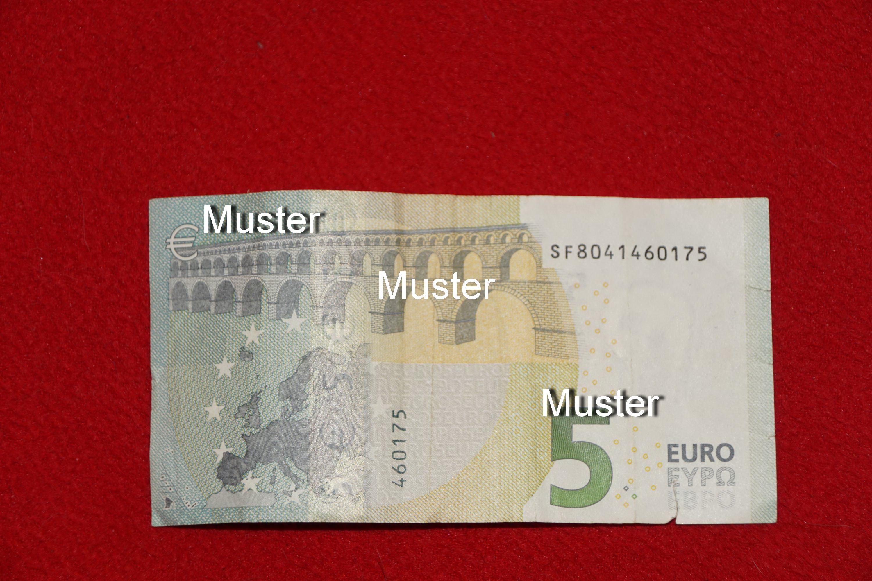 €5,- Geldspende
